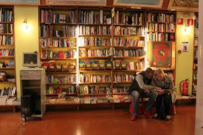 Altaïr – Travel bookstore