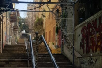 St Nicolas Stairs – Colorful steps, chill people