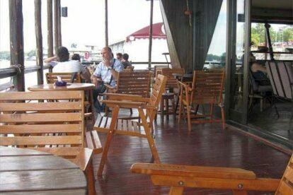 Savana cafe on Danube Belgrade