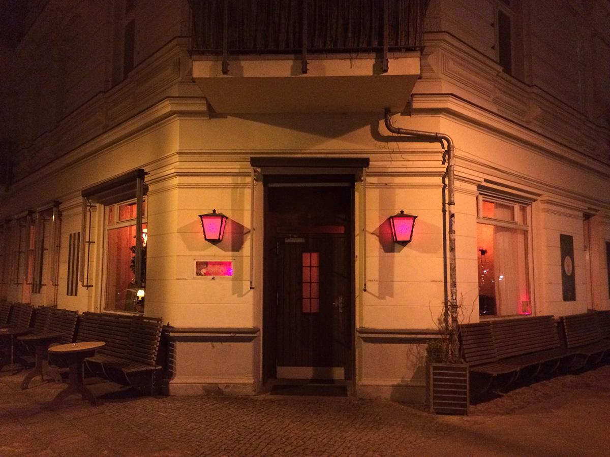 Das Wohnzimmer Bar Berlin Prenzlauer Berg Food And Other Stuff
