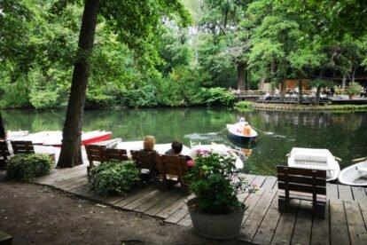 Cafe Am Neuen See – A biergarten on a lake