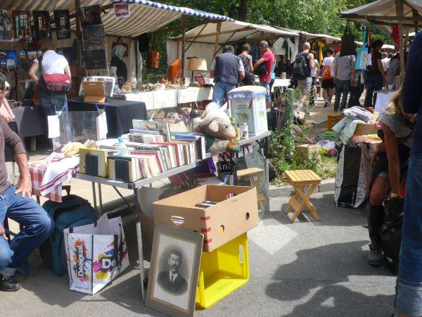 Nowkölln Flowmarkt Berlin