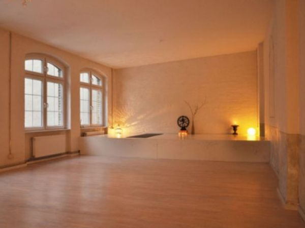 Yoga School Berlin Berlin