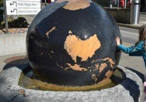 Globusbrunnen Bern
