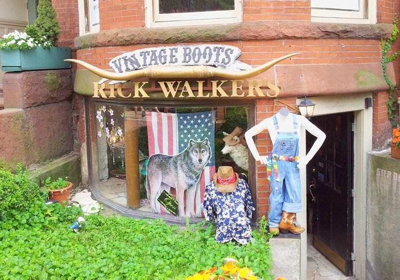 Rick Walker's – Unexpected cowboy style on Newbury