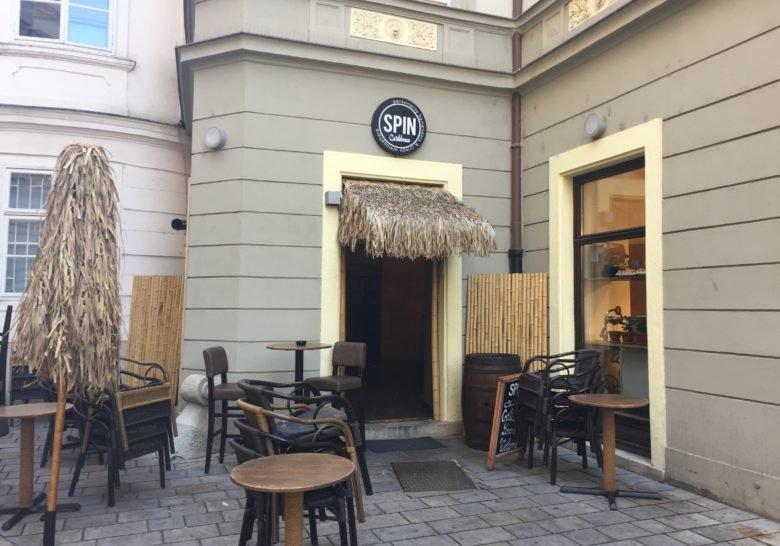 SPIN Cocktail Bar Bratislava
