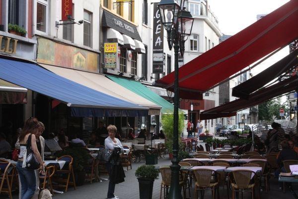 Rue Jourdan – Pre movie post shopping food street