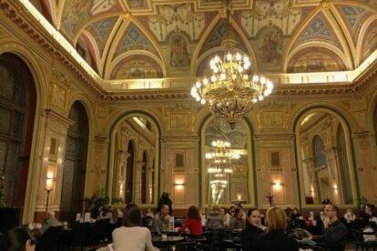 Café Parisi – Simply the most beautiful