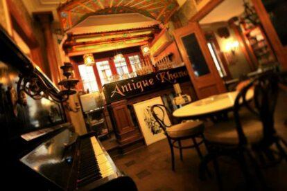 Antique Khana – Restaurant with nostalgic ambiance