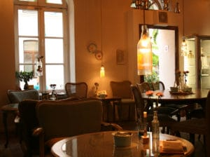 coffee tea cologne tips by locals spotted by locals city guide. Black Bedroom Furniture Sets. Home Design Ideas