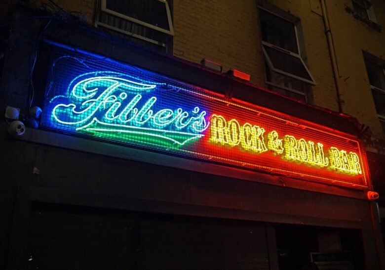 Fibber Magees – Careful now, it's rocking great!