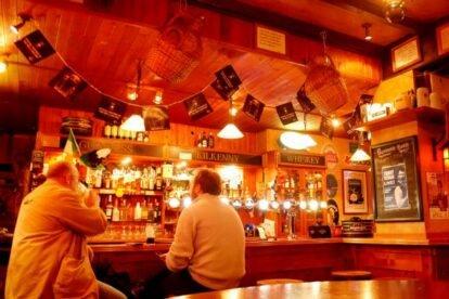 Charly O'Neills Irish Pub – Wild expat nights
