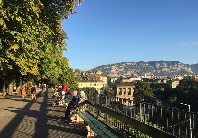 World's Longest Bench Geneva