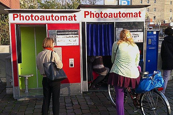 Photoautomat – Or how to make a unique souvenir!