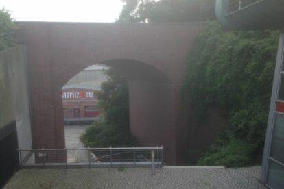 Schiefe Ebene Bridge Hamburg