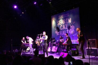 Moda Sahnesi (Stage) Istanbul
