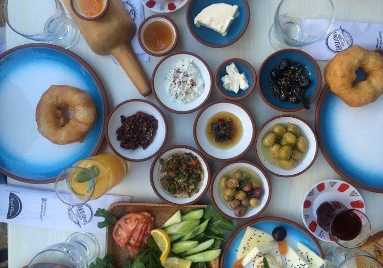 Bazlama Kahvaltı Istanbul