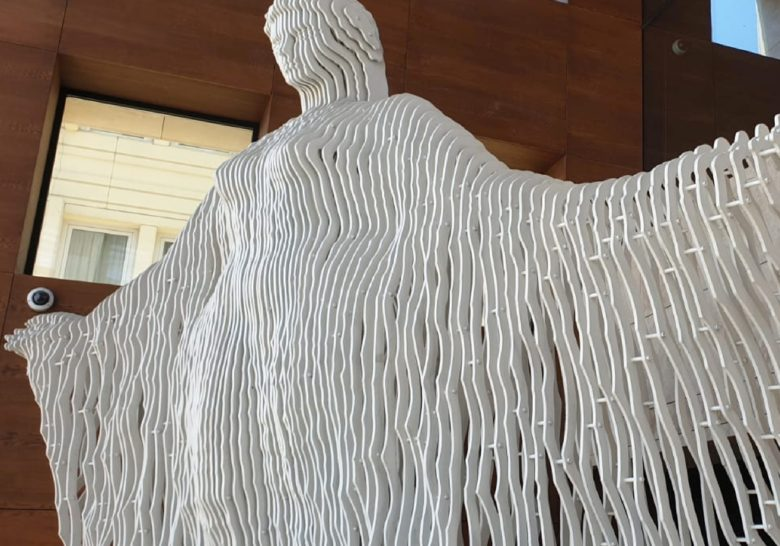 Mediterranean – Monumental sculpture of a woman