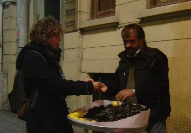 Midye Dolma Istanbul