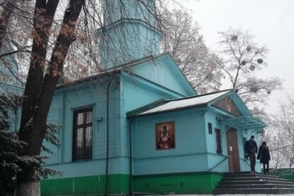 Makariivska church Kyiv