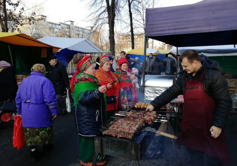 Tatarka Sunday Market Kyiv