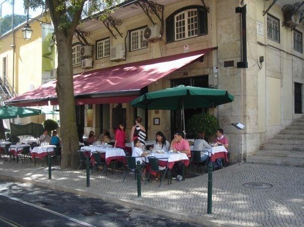Café no Chiado Lisbon