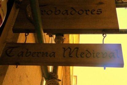 Trobadores - Taberna Medieval Lisbon