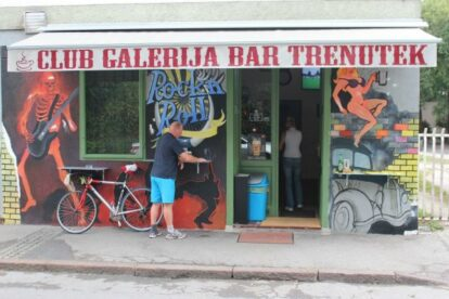 Galerija Bar Trenutek – Best joint in the center