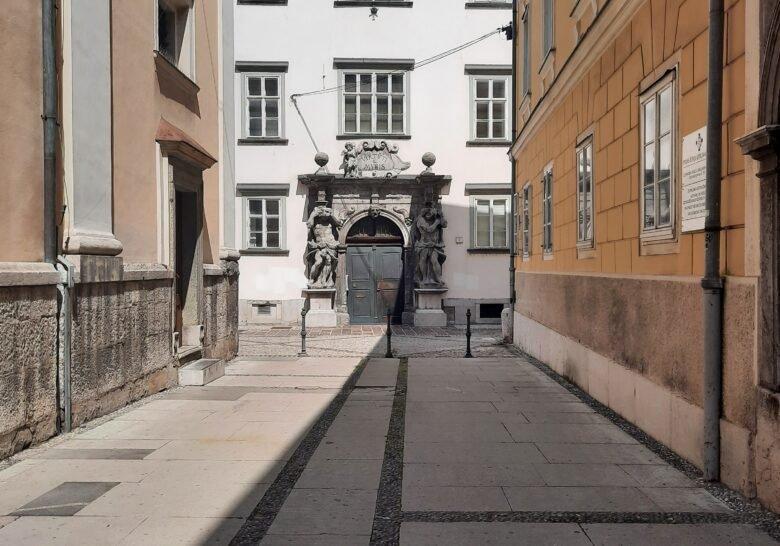 Mislej's Portal Ljubljana