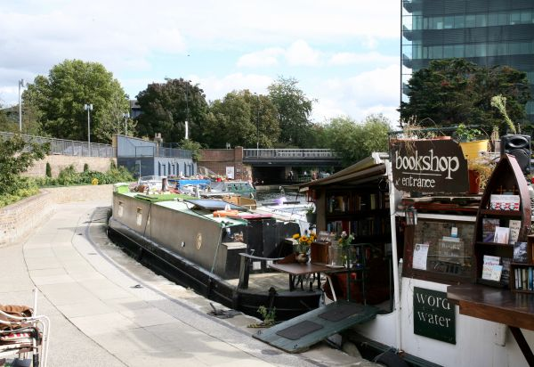 Regent's Canal Towpath London