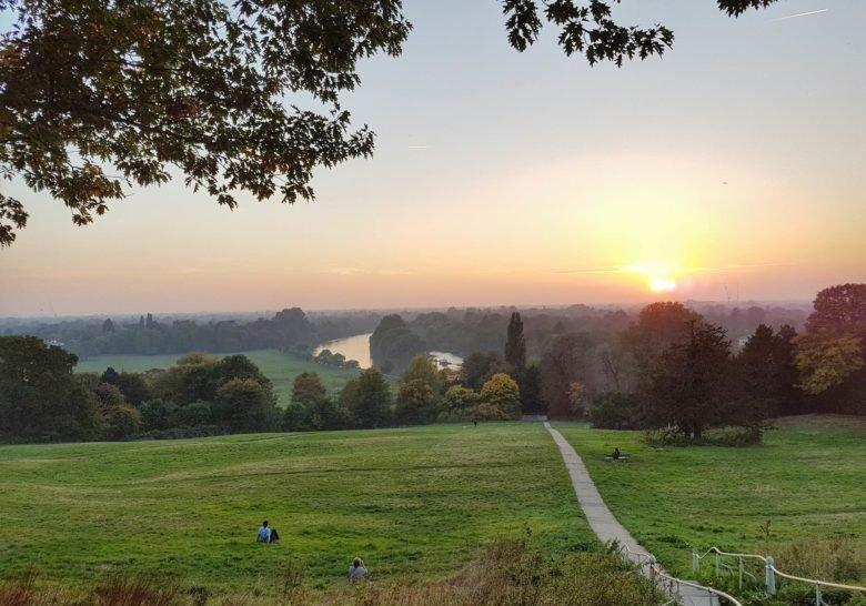 Richmond Hill – Dreamy riverside sunsets