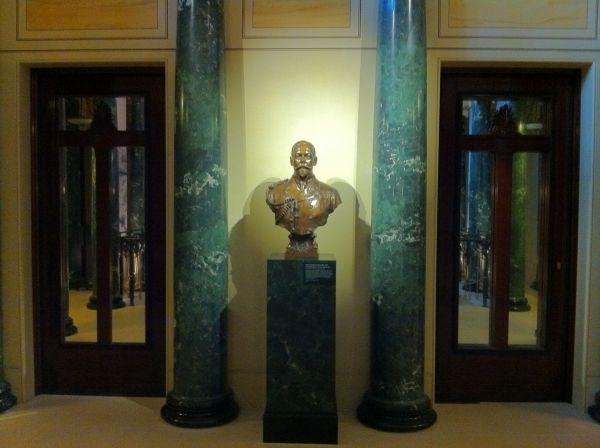 The Queen's Gallery London