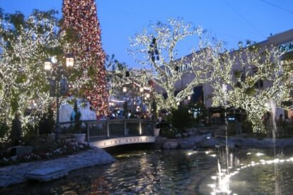 The Grove Los Angeles
