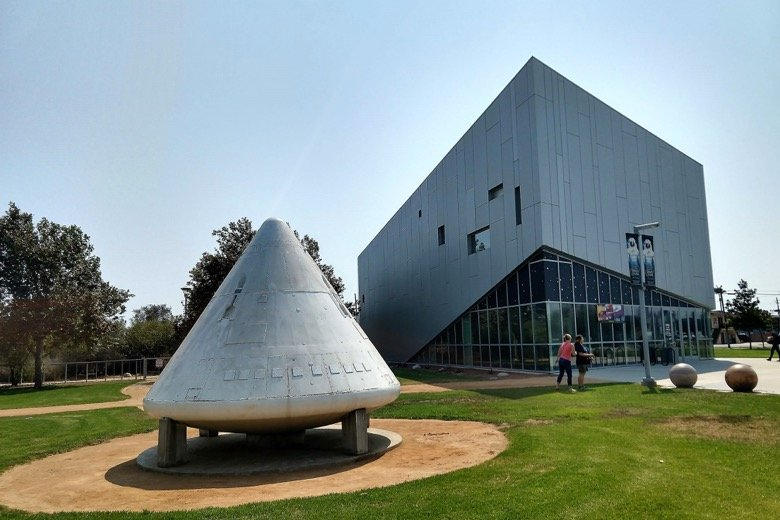 Columbia Memorial Space Center Los Angeles