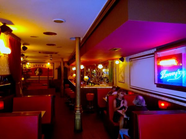 Harvey's Cocktail Bar Madrid