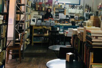 La Fugitiva – Old books and coffee