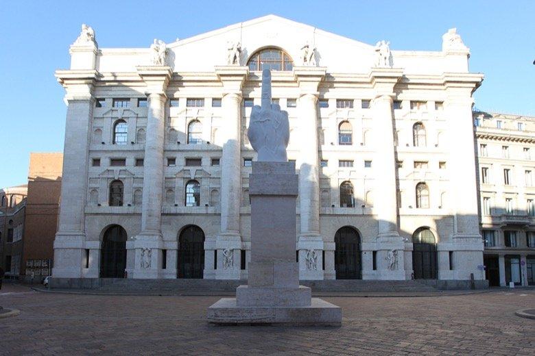 Banks and L.O.V.E. Milan