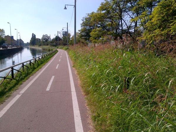 Biking out - Naviglio Milan