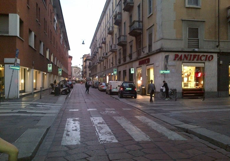 Via Solferino – Independent shopping