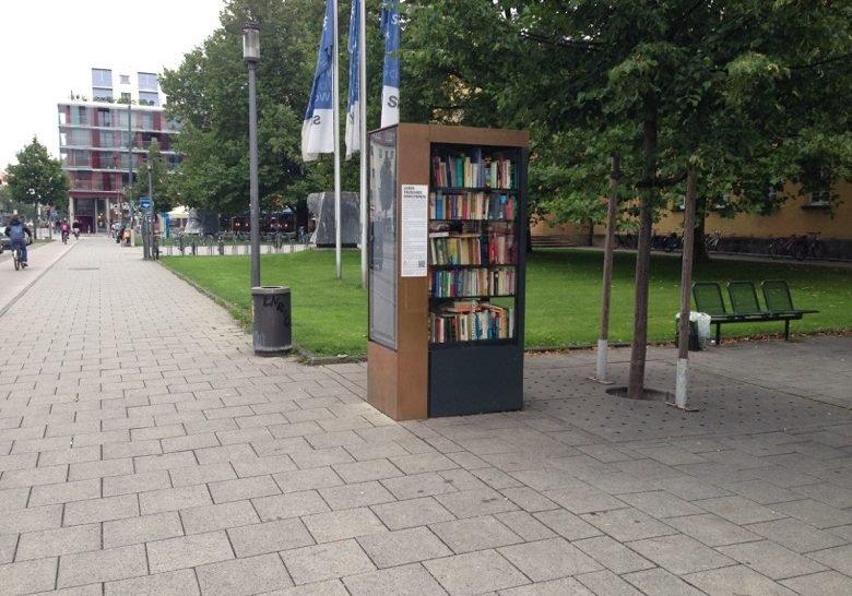 Bookcase for all Munich
