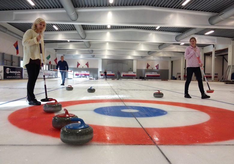 Curling at Snarøya Oslo