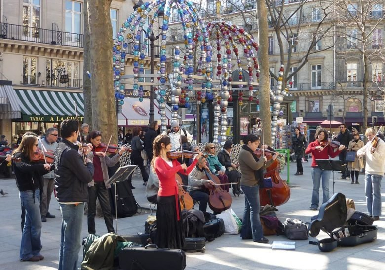 Palais-Royal Surroundings Paris