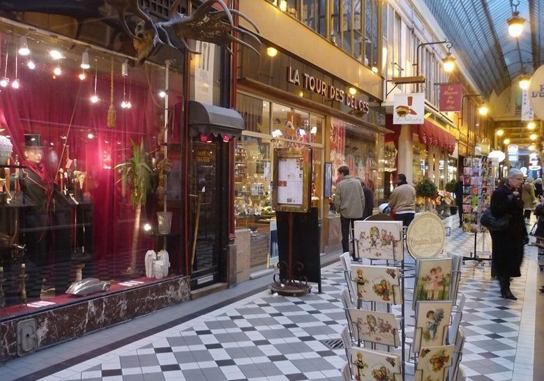 Passage Jouffroy – Lovely old-fashioned mall