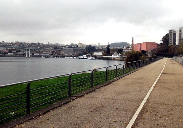 Douro footpath Porto