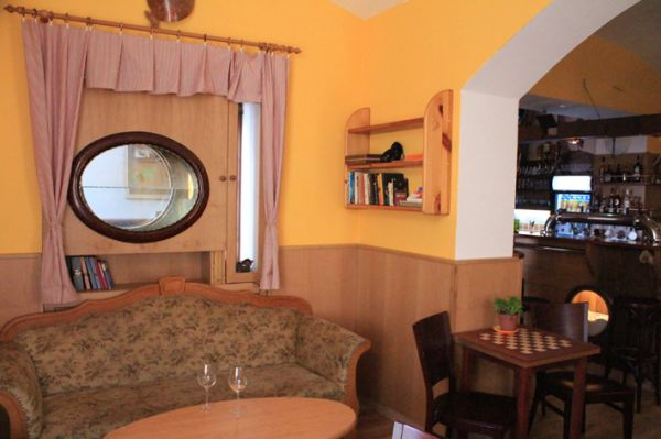 Bar Mrtvá Ryba – A true student's lair