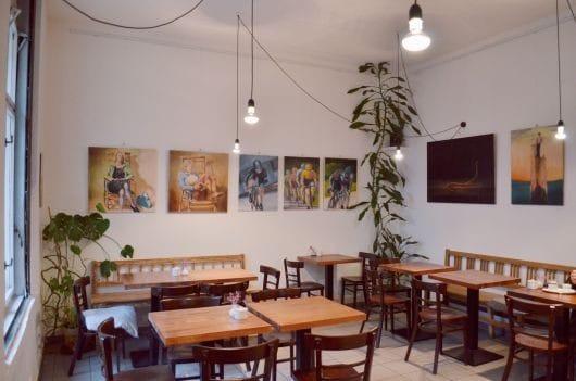 Kavárna pod lipami (image by Anna Nižňanská)