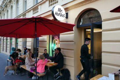 Mr HotDog Prague