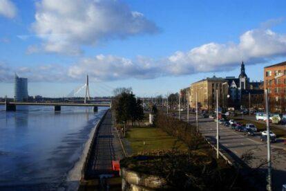 11. novembra krastmala Riga