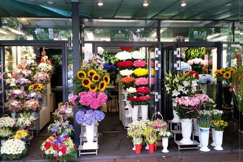 Sakta flower market Riga