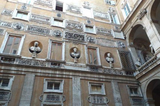 Courtyard of Palazzo Mattei – Hidden courtyard